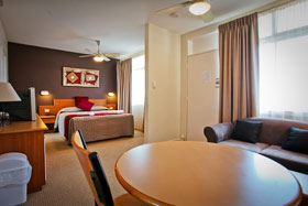 Accommodation at Abbotsleigh Motor Inn - Executive Room