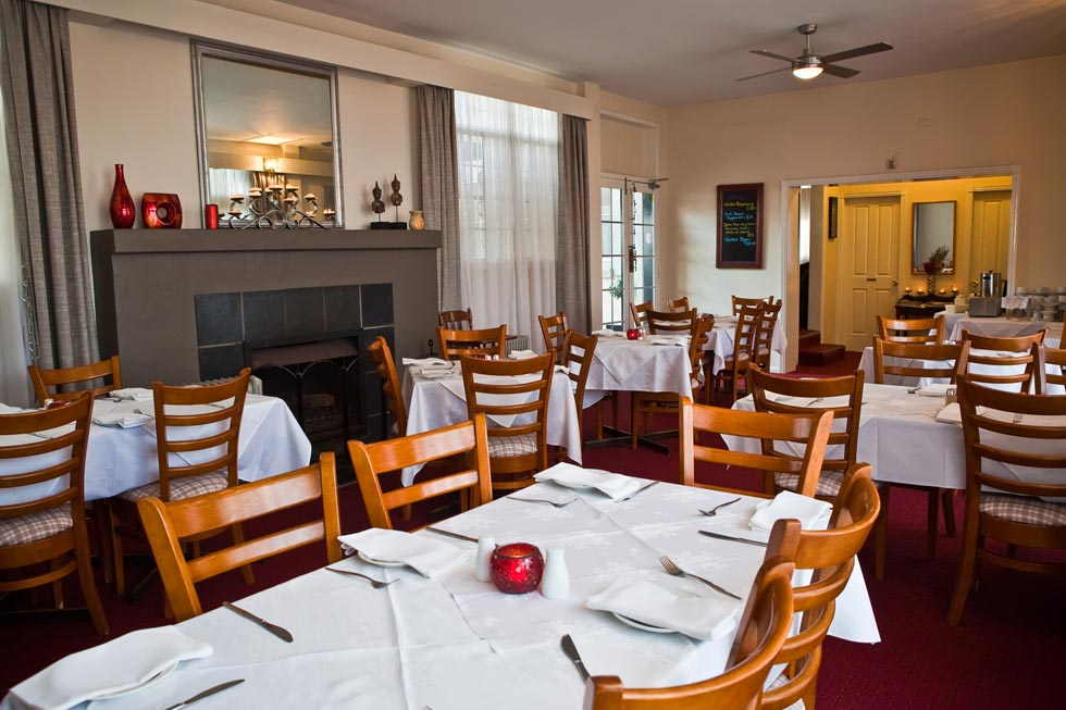 Abbotsleigh Motor Inn offers great breakfast and a warm & friendly atmosphere